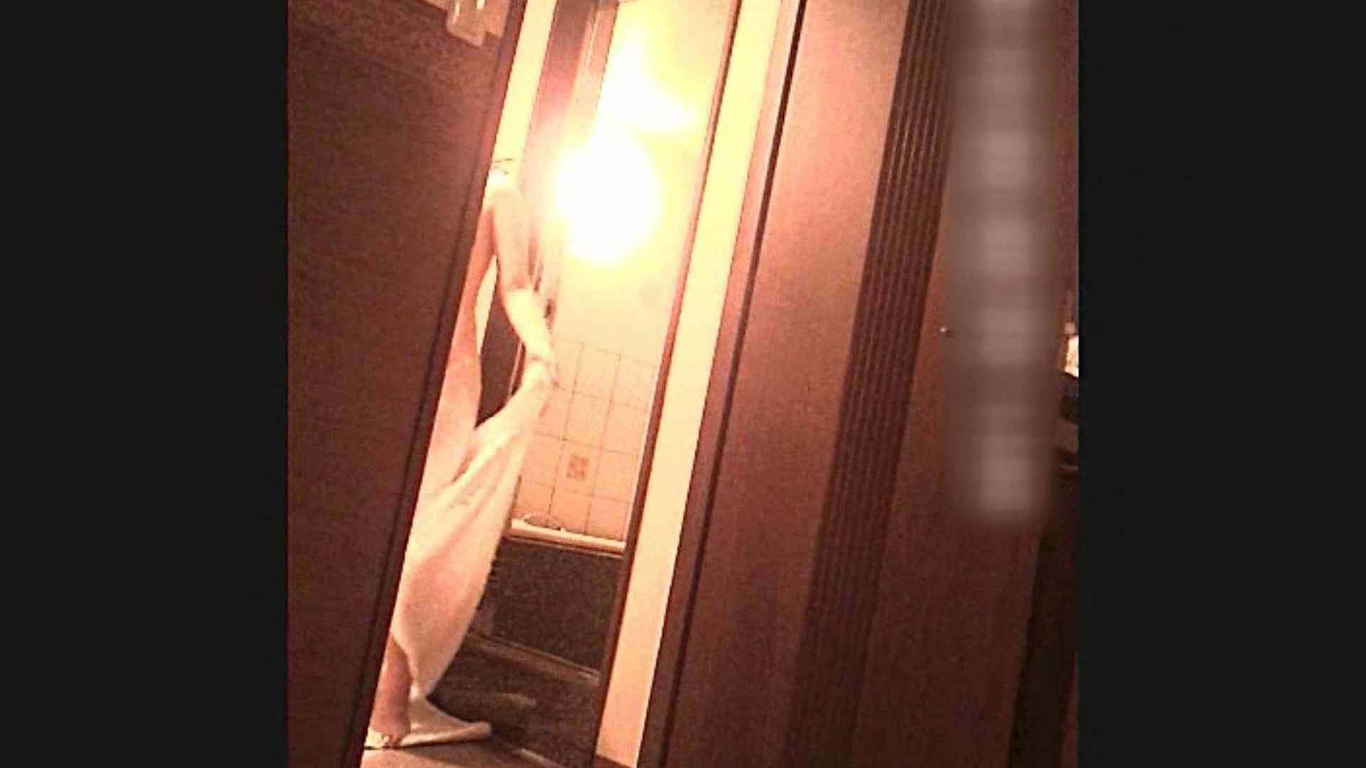 色白!!薬学科 ひろみちゃん  Vol.29 脱衣編 洗面所のぞき ワレメ動画紹介 108枚 94