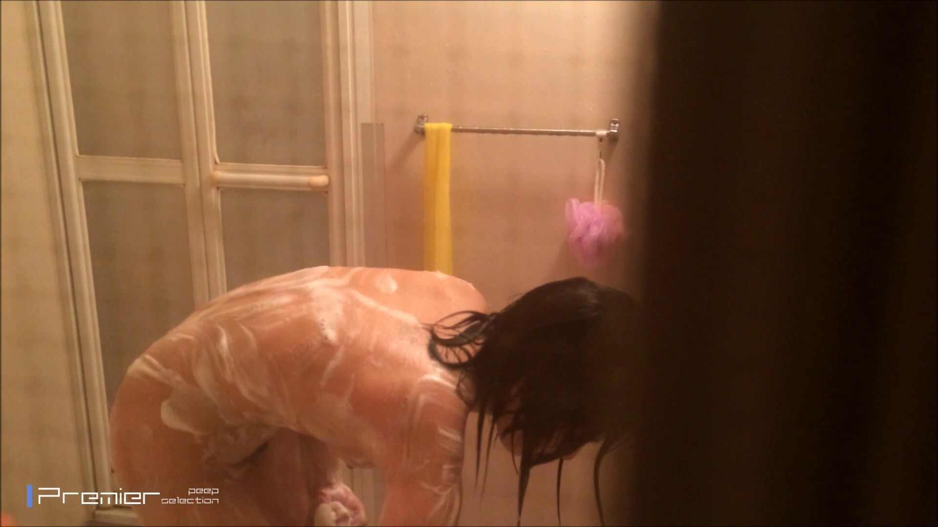 シャワーのお湯を跳ね返すお肌 乙女の風呂場 Vol.03 盗撮編 戯れ無修正画像 108枚 7