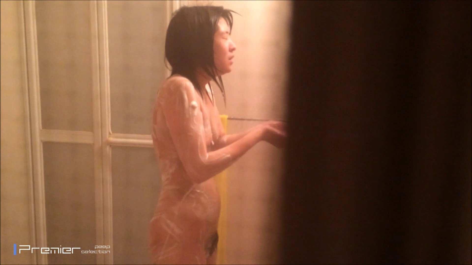 シャワーのお湯を跳ね返すお肌 乙女の風呂場 Vol.03 民家 ワレメ無修正動画無料 108枚 10