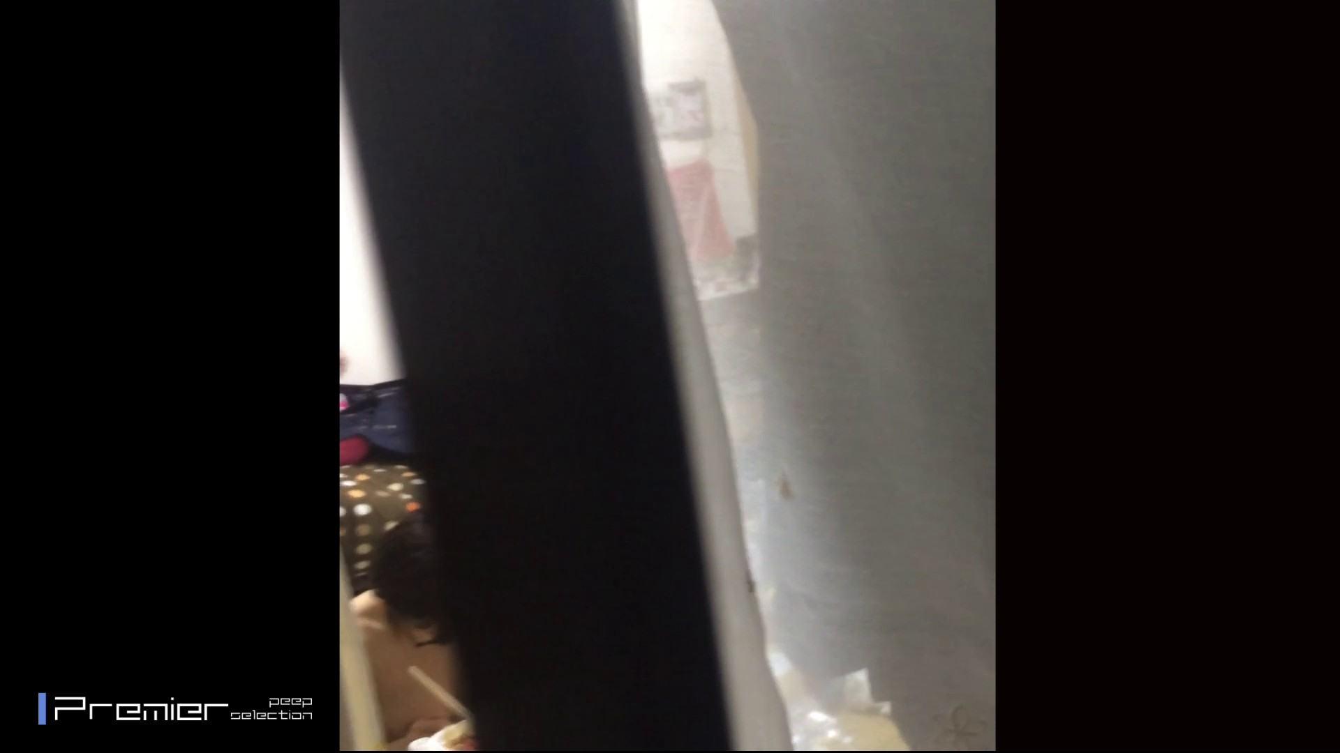 眼鏡美女の食事を隠し撮り 乙女の風呂場 Vol.05 ギャル達 AV無料動画キャプチャ 96枚 47