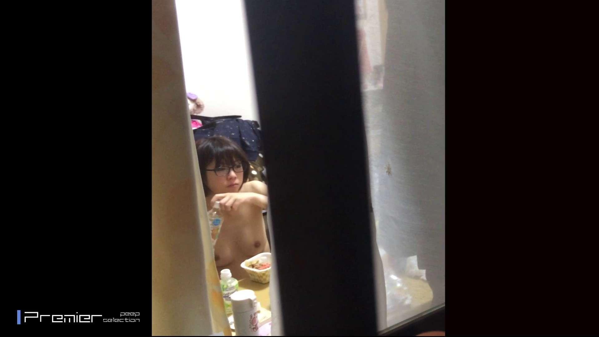 眼鏡美女の食事を隠し撮り 乙女の風呂場 Vol.05 細身体型 セックス無修正動画無料 96枚 65