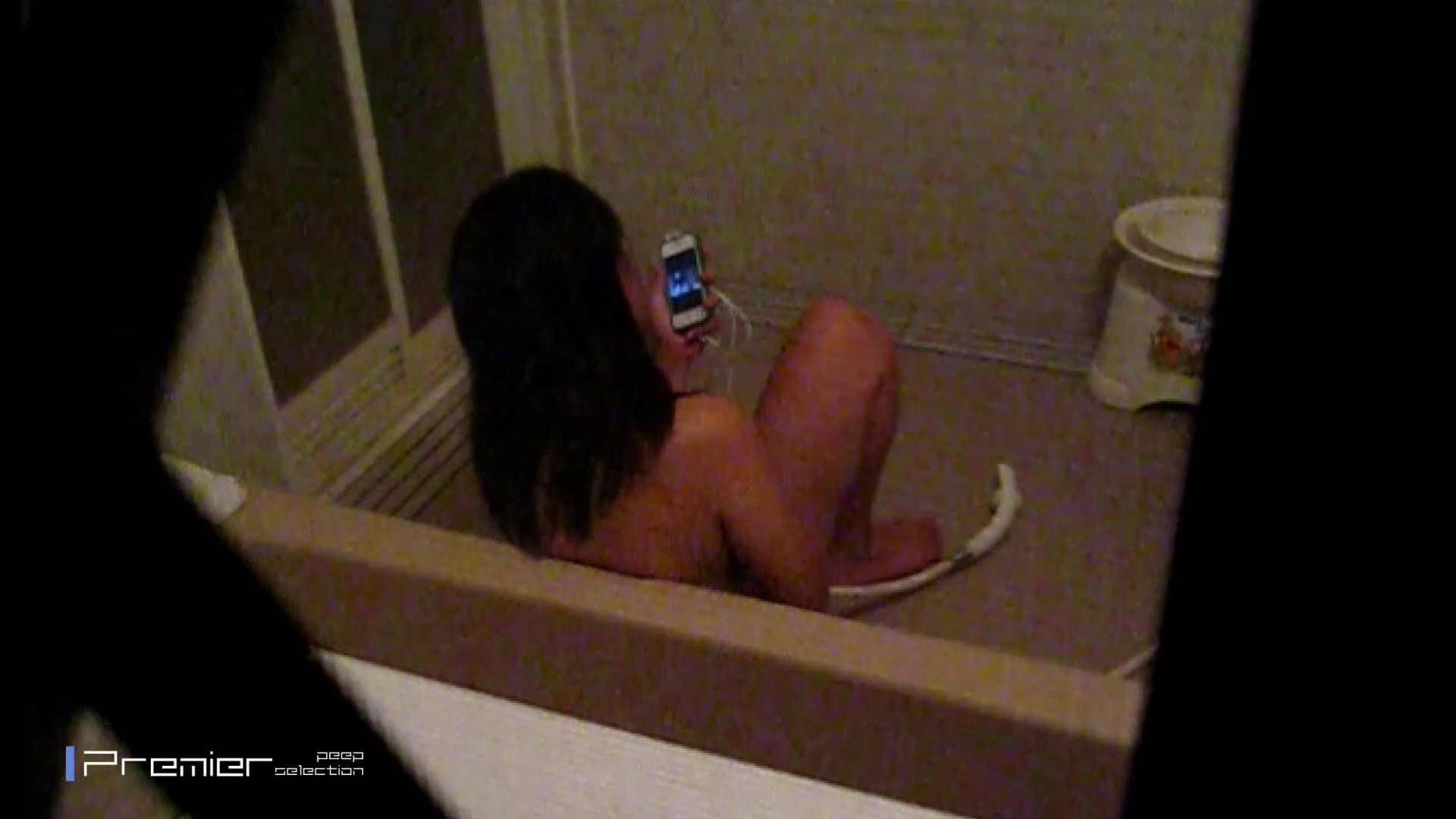 携帯触りなが満子をいじる 乙女の風呂場 Vol.19 女湯のぞき ヌード画像 106枚 33