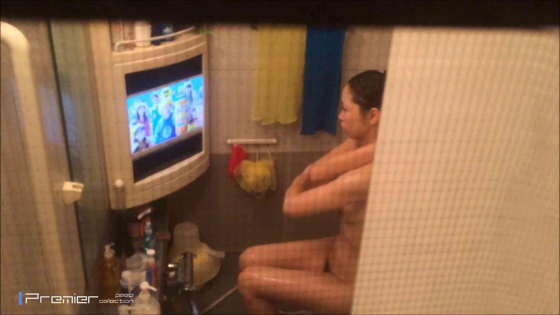 美女のテレビを見ながらの入浴 乙女の風呂場 Vol.21 丸見え エロ画像 85枚 62