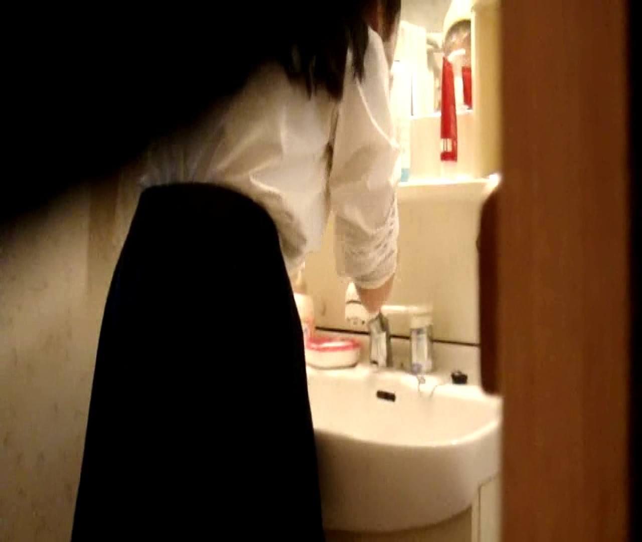 vol.5 まどかが帰宅後の洗顔後にブラを洗ってます。 ギャル達  112枚 52