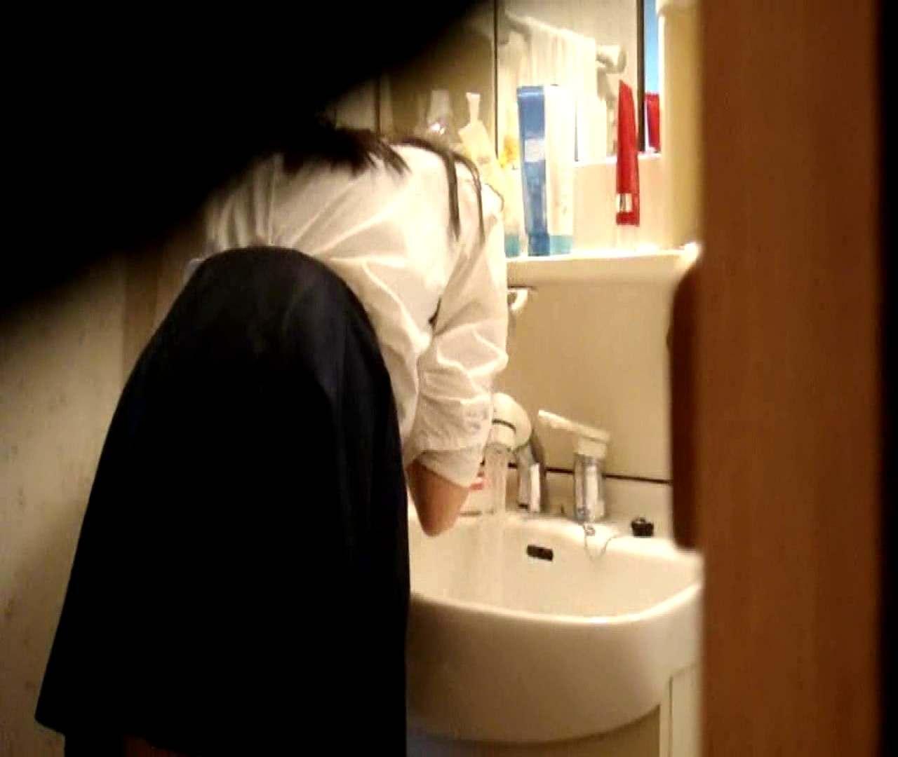 vol.5 まどかが帰宅後の洗顔後にブラを洗ってます。 いじくり AV無料 112枚 58