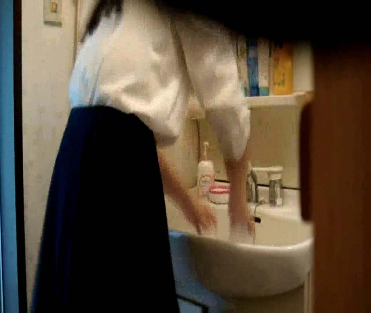 vol.5 まどかが帰宅後の洗顔後にブラを洗ってます。 いじくり AV無料 112枚 82