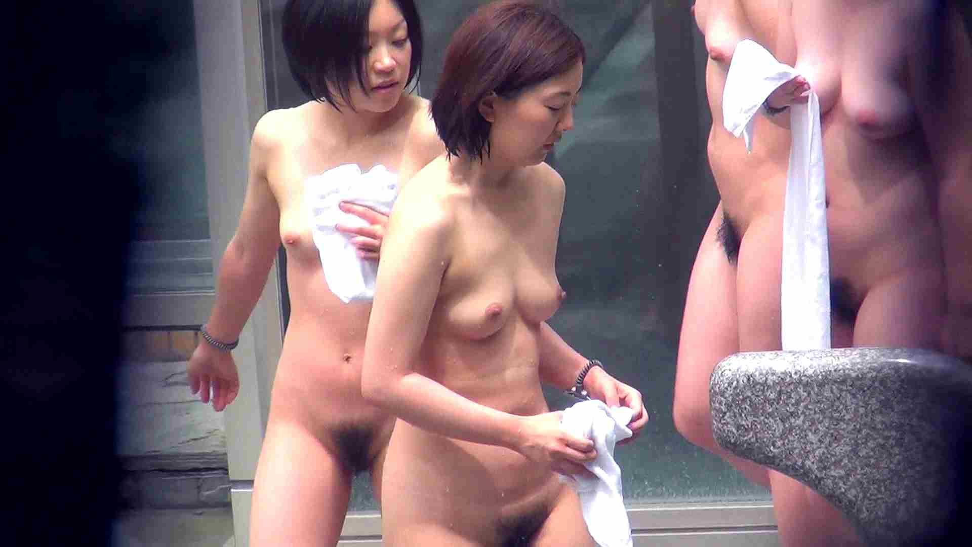 Vol.46 四人女子会にムッチリ美女発見! 露天覗き | お姉さんのSEX  85枚 1