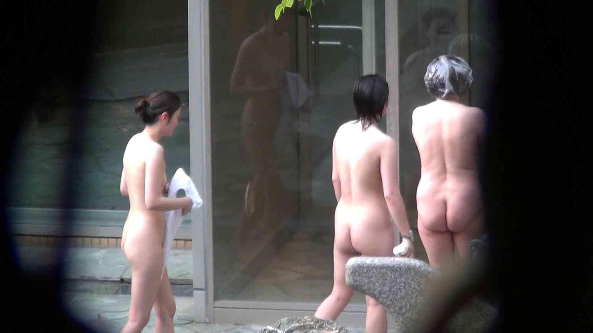 Vol.66 血縁関係三人の裸体鑑賞 タオルが憎い お姉さんのSEX おまんこ無修正動画無料 90枚 86