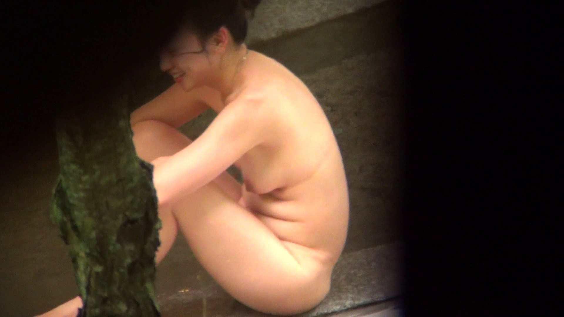 Vol.80 出産経験済みの弛んだ肉体と大胆すぎるアングル 美女 濡れ場動画紹介 79枚 62