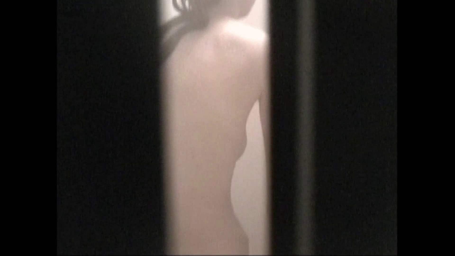 隙間からノゾク風呂 Vol.29 股をグイッとひらいて・・・。 細身体型 オメコ無修正動画無料 76枚 13