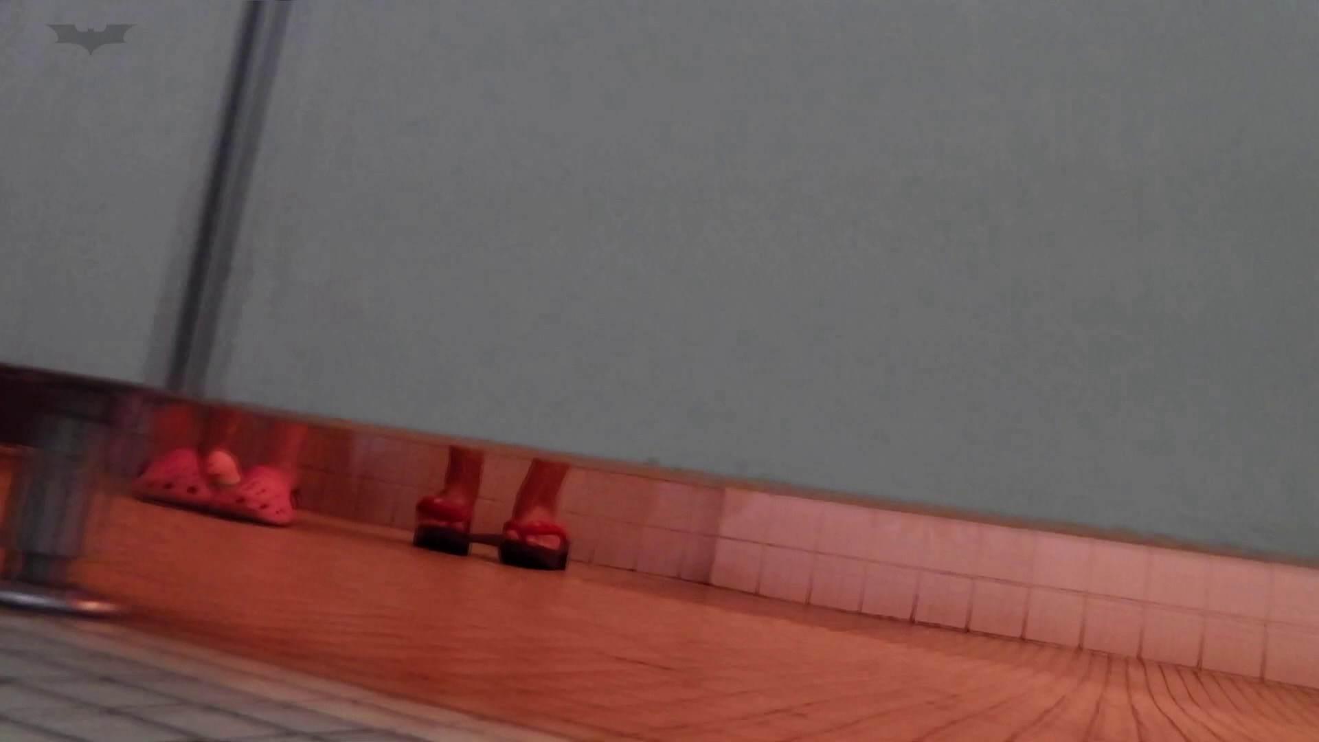 ▲復活限定▲マンコ丸見え!花火大会潜入撮 Vol.02 明るい場所に移動! 高画質 ぱこり動画紹介 112枚 105