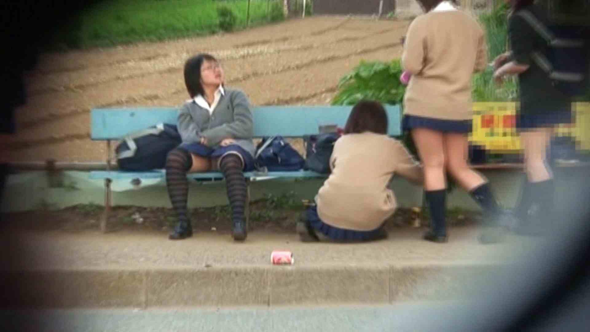 望遠パンチラNo13 パンチラ女子 | 学校  94枚 1