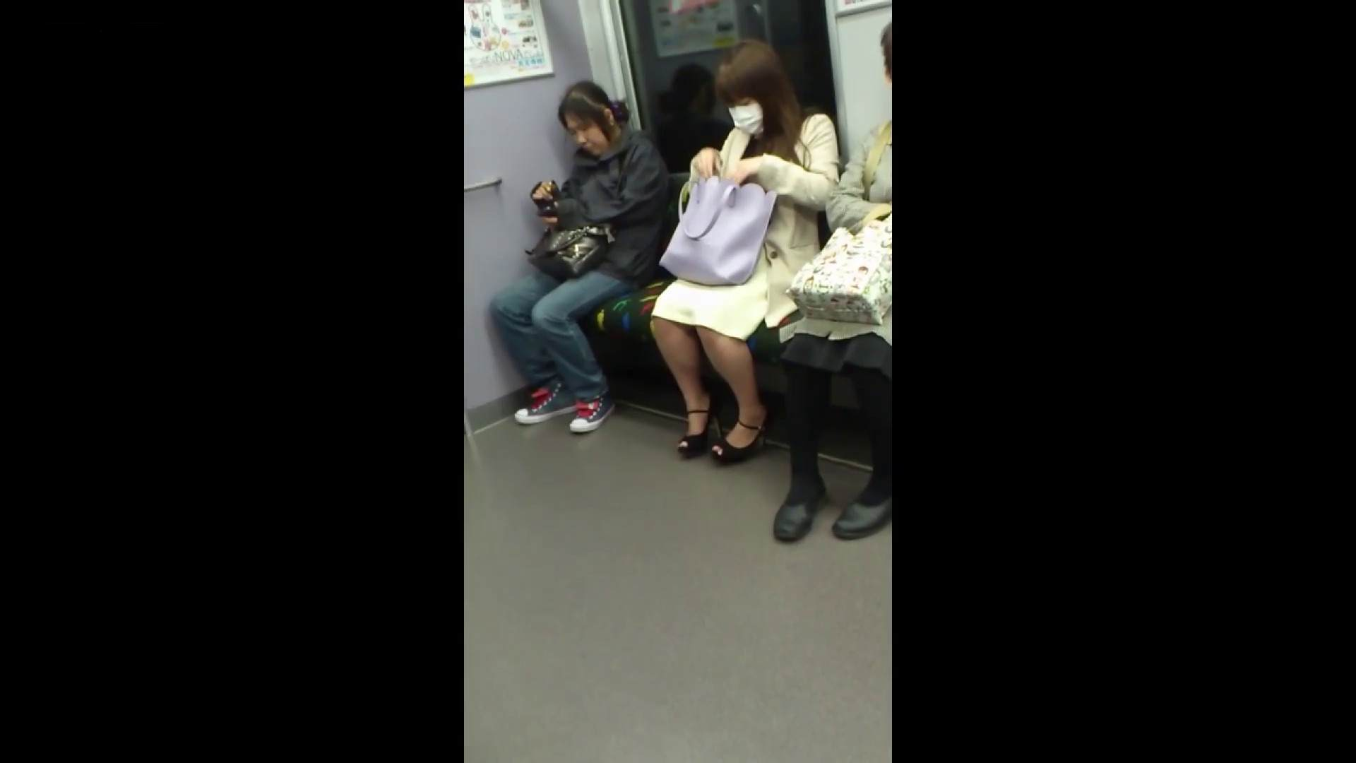盗撮列車 Vol.55 黄色の爽やかなスカートが大好きです。 盗撮編 AV無料動画キャプチャ 89枚 46