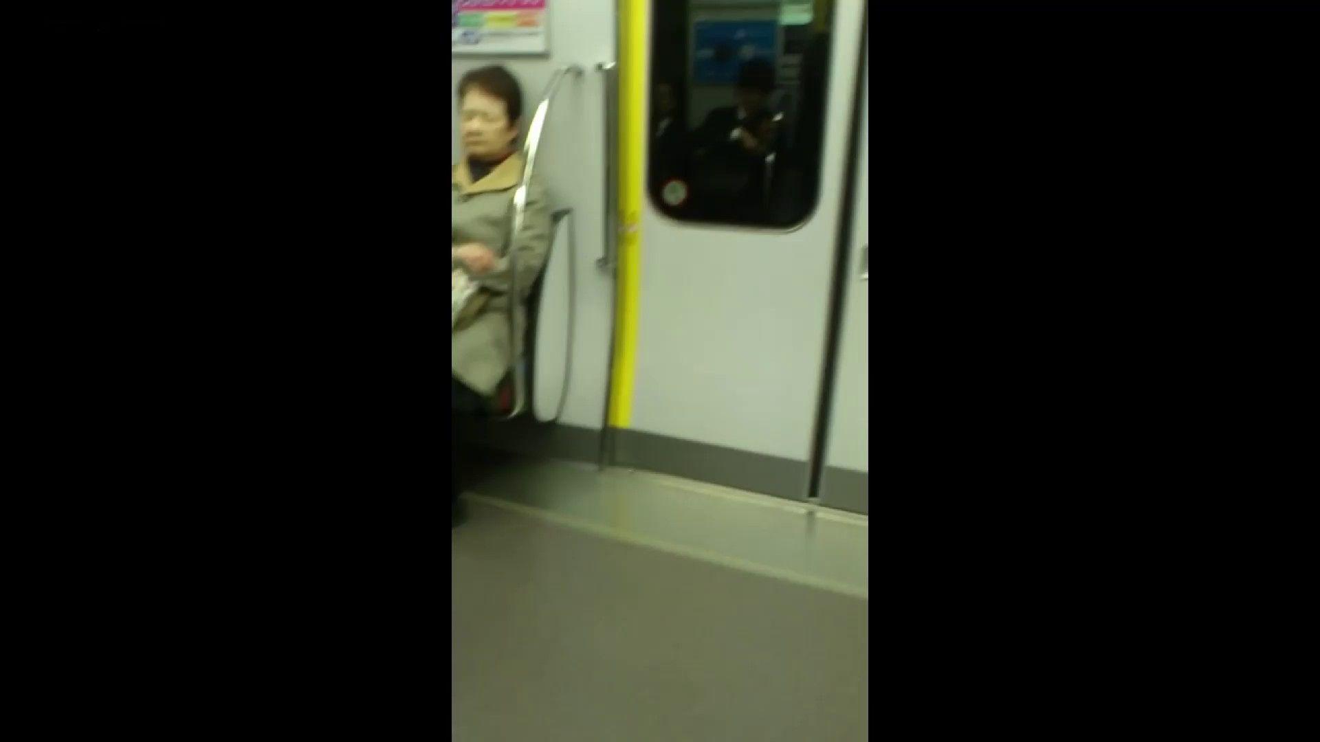 盗撮列車 Vol.55 黄色の爽やかなスカートが大好きです。 美肌 おめこ無修正動画無料 89枚 69