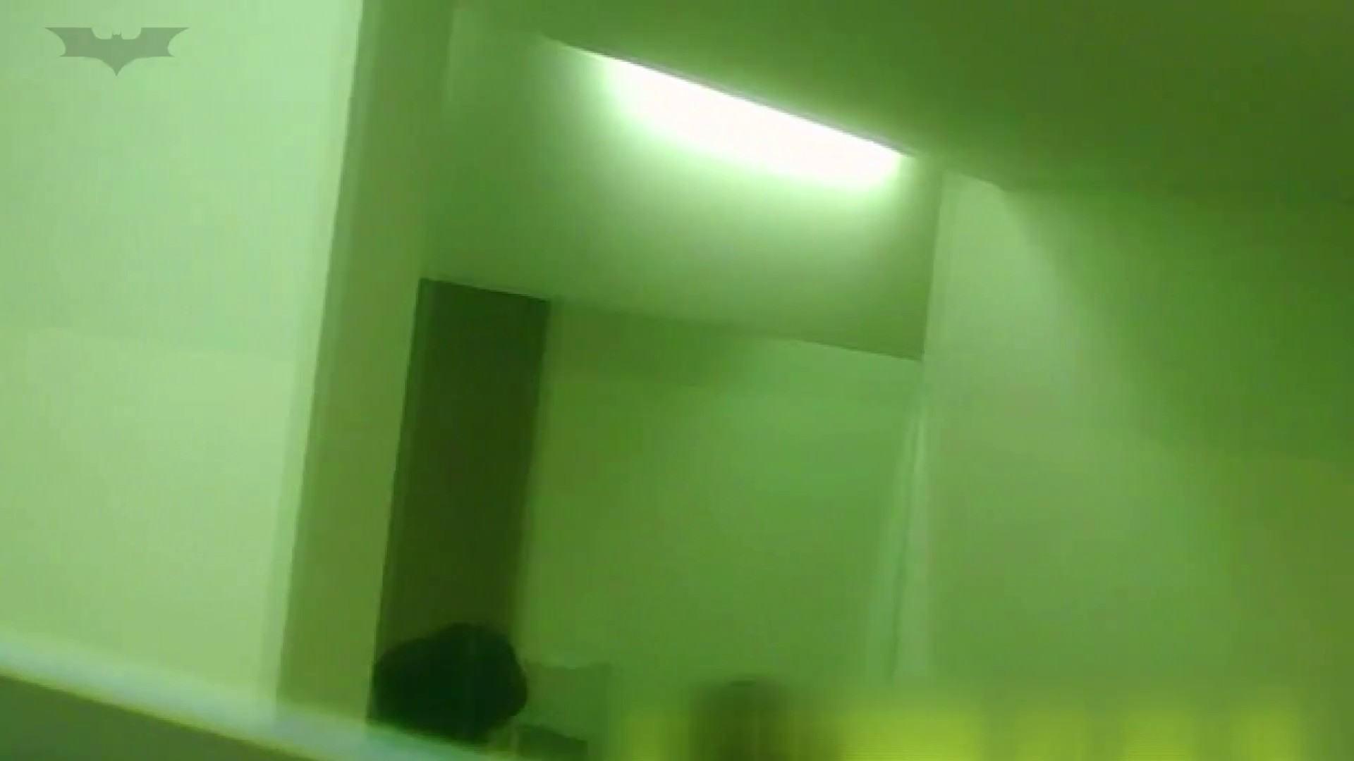 夏の思い出浜辺トイレ盗撮Vol.15 むっちりガール オメコ無修正動画無料 85枚 79