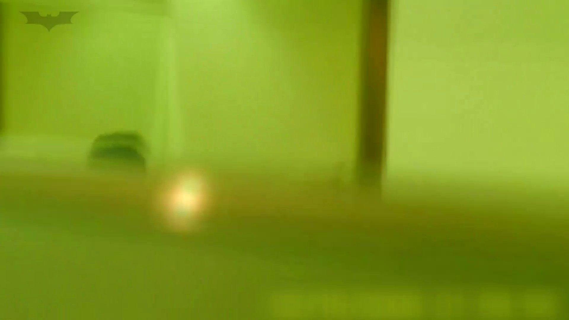 夏の思い出浜辺トイレ盗撮Vol.19 細身体型 おめこ無修正動画無料 110枚 60