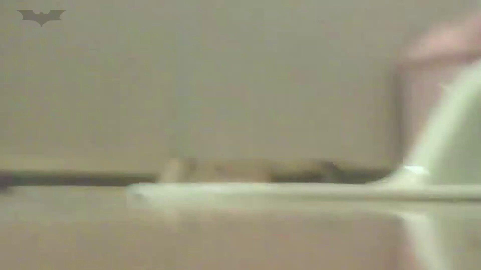 夏の思い出浜辺トイレ盗撮Vol.19 丸見え オマンコ動画キャプチャ 110枚 91