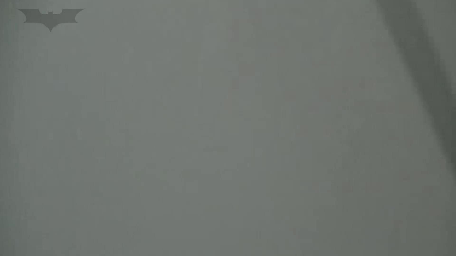 夏の思い出浜辺トイレ盗撮Vol.24 和式便所   高評価 盗撮 97枚 61