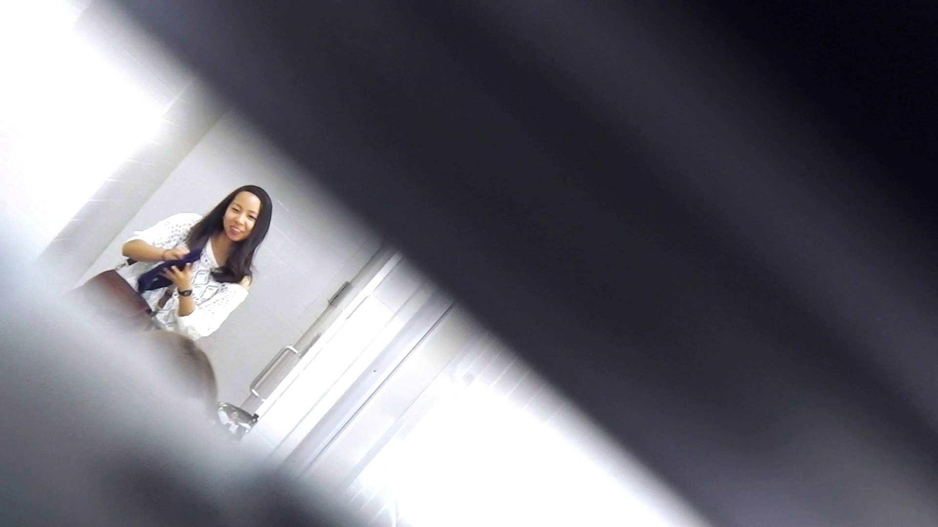 お銀さんの「洗面所突入レポート!!」Nol.3 洗面所のぞき AV無料動画キャプチャ 109枚 76