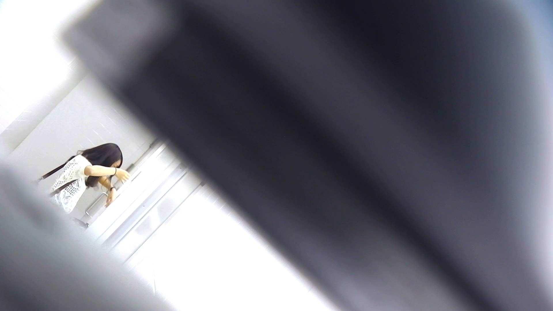 お銀さんの「洗面所突入レポート!!」Nol.3 洗面所のぞき AV無料動画キャプチャ 109枚 82