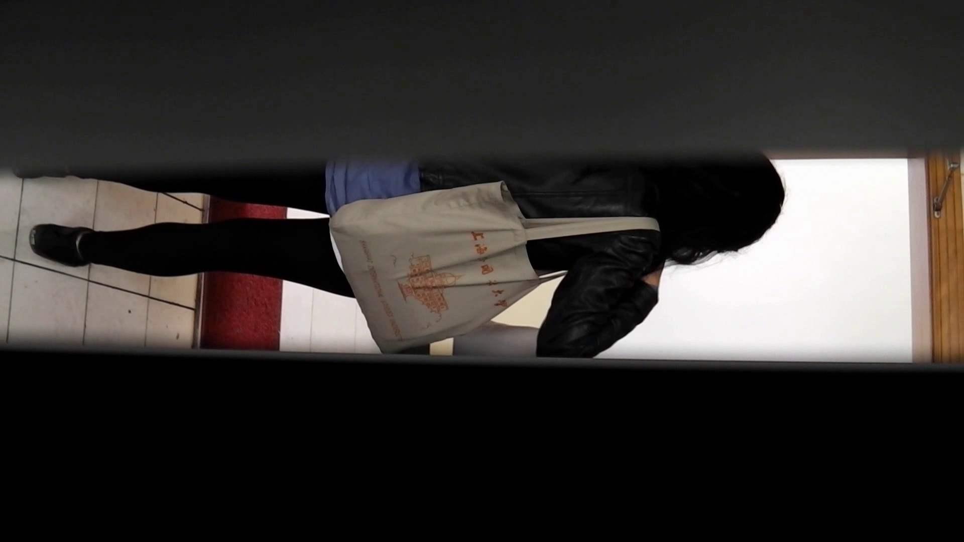 お銀さんの「洗面所突入レポート!!」 vol.51 突入最前線!おまけ付き 洗面所のぞき   ギャル達  105枚 15