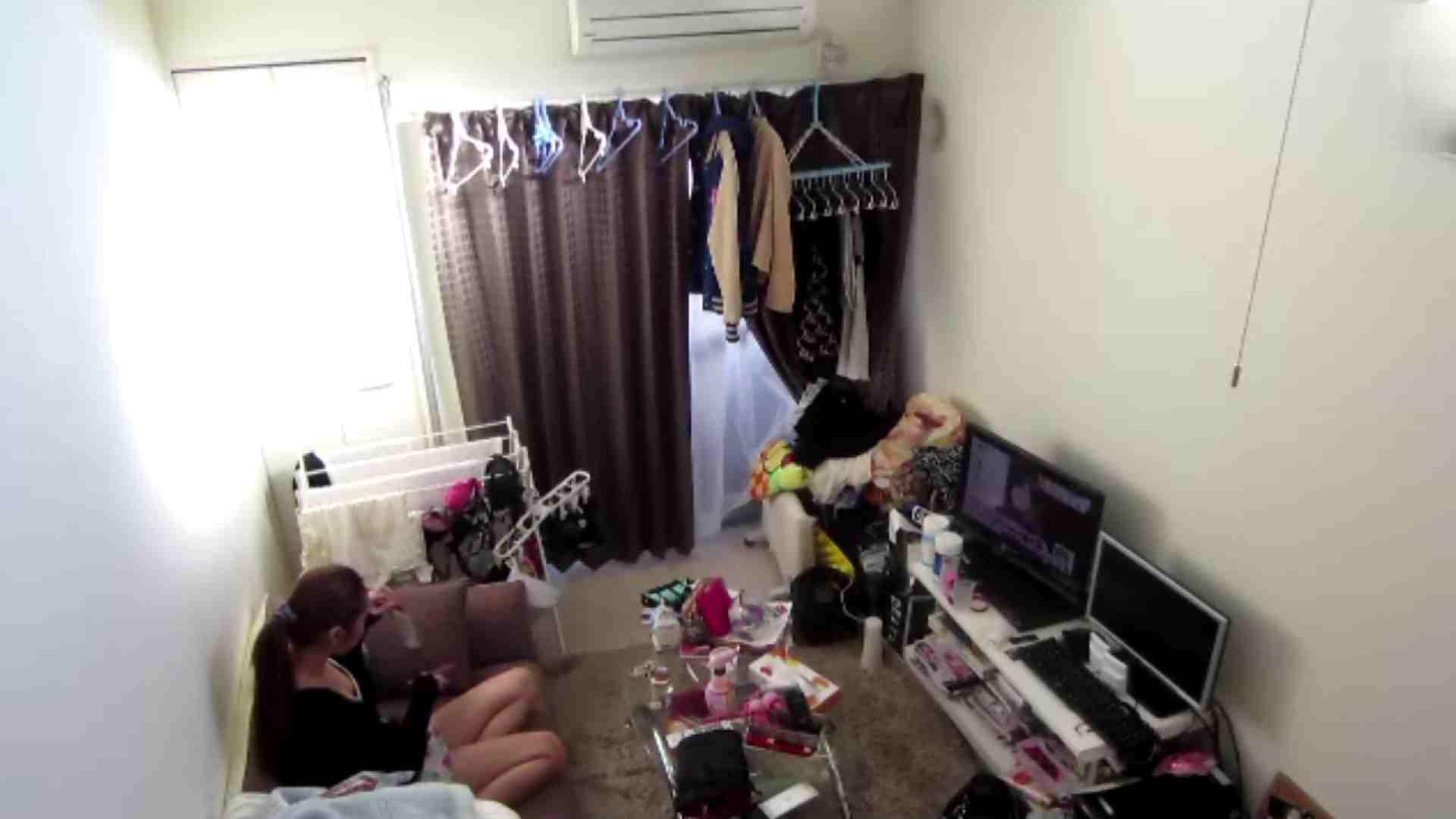 【02】出社後のお女市さんの部屋に入ってデータを回収 民家 AV無料動画キャプチャ 78枚 15