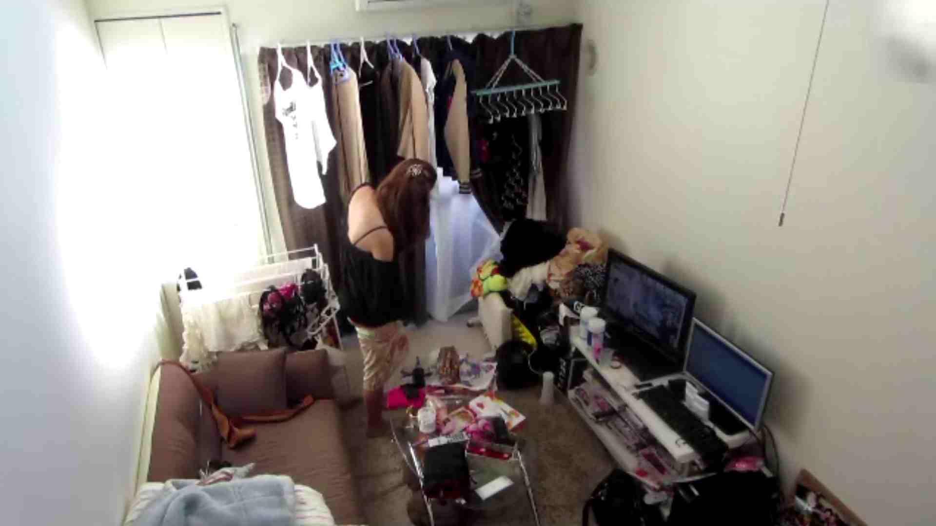【02】出社後のお女市さんの部屋に入ってデータを回収 民家 AV無料動画キャプチャ 78枚 31