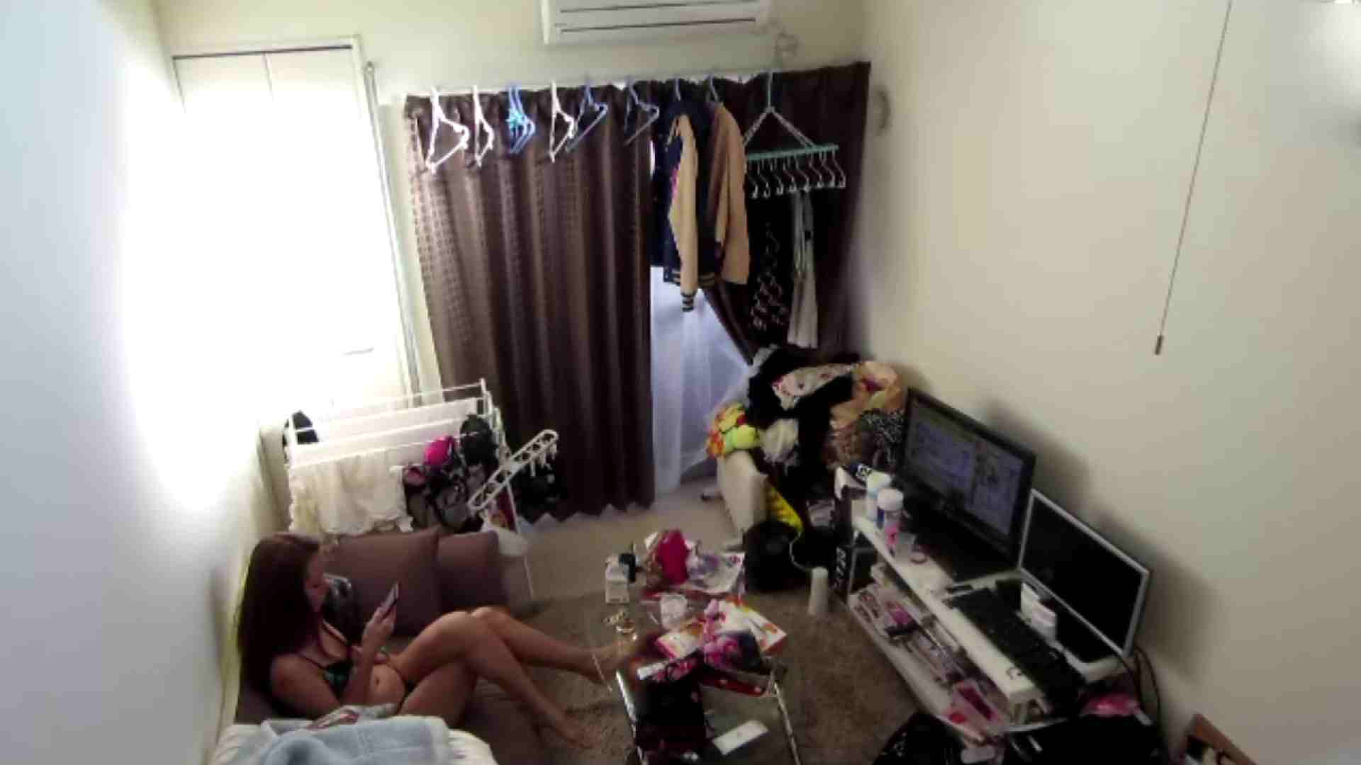 【02】出社後のお女市さんの部屋に入ってデータを回収 民家 AV無料動画キャプチャ 78枚 47