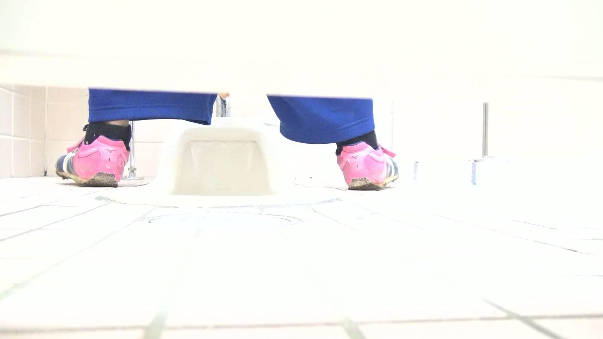 ▲期間限定D▲至高洗面所盗撮 25 至高の下方撮り!!若さ溢れる体育館編2!! 洗面所のぞき 戯れ無修正画像 91枚 52