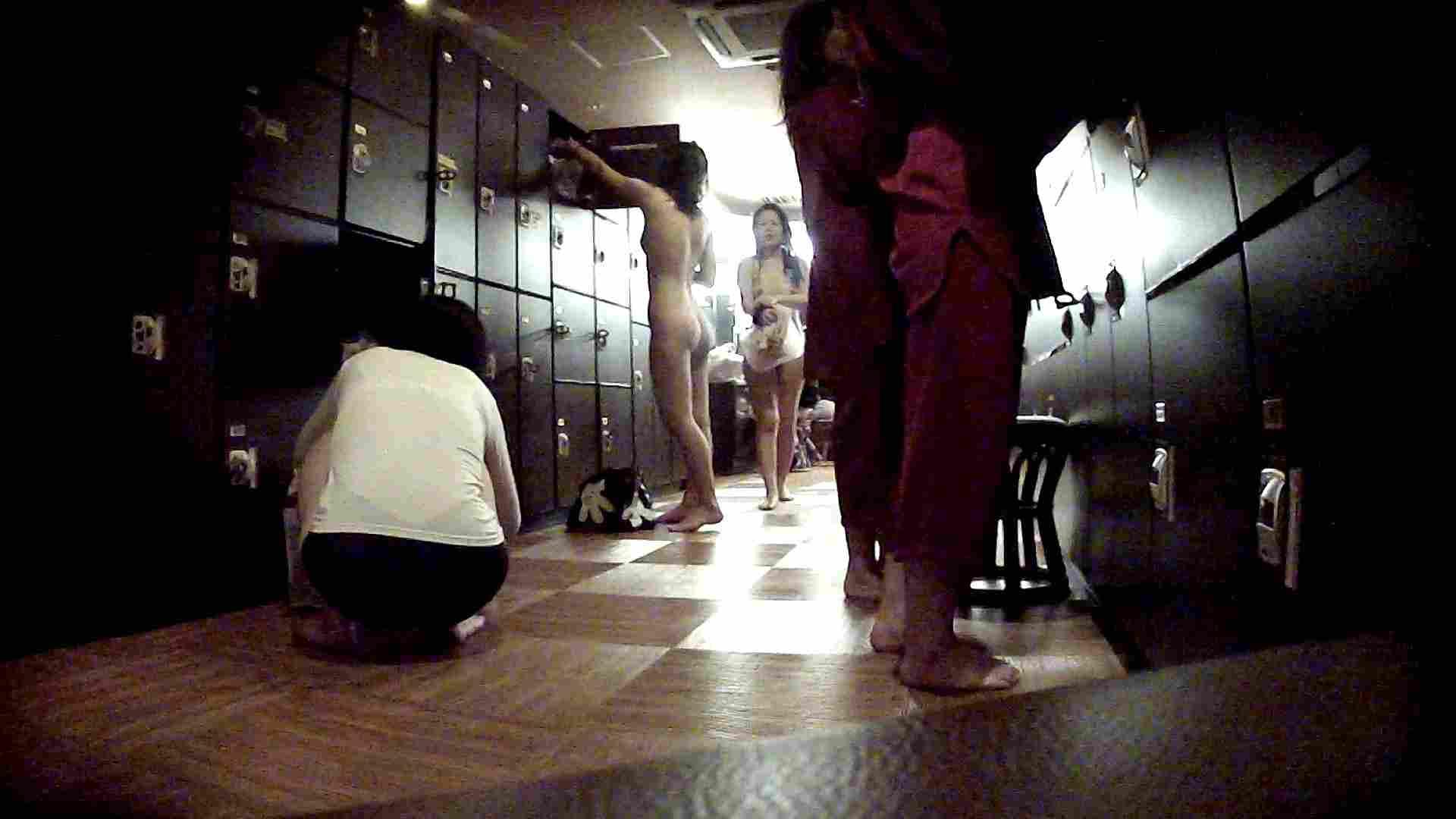 脱衣所!オムニバス 大混雑!注目はあの人の御御足でしょう。 女湯のぞき オマンコ無修正動画無料 109枚 26
