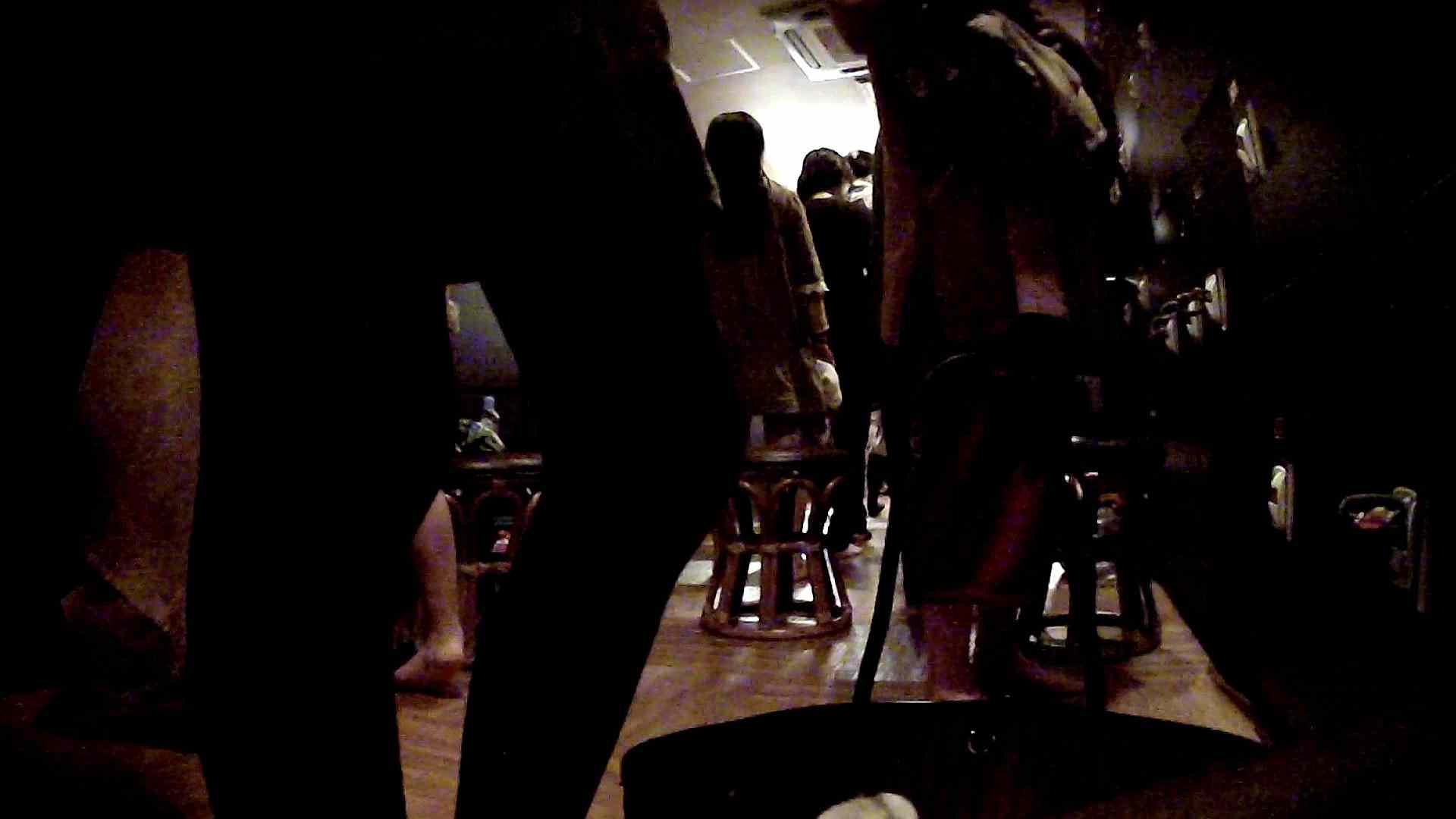 脱衣所!オムニバス 大混雑!注目はあの人の御御足でしょう。 潜入 ワレメ動画紹介 109枚 46