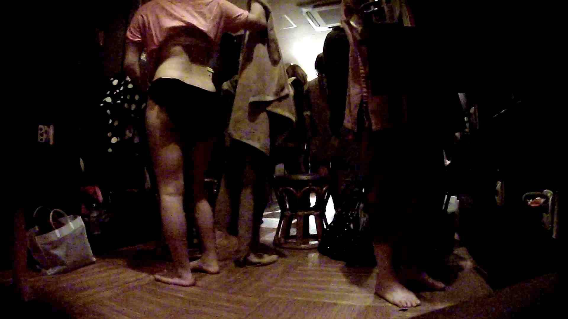 脱衣所!オムニバス 大混雑!注目はあの人の御御足でしょう。 盛合せ AV無料 109枚 65