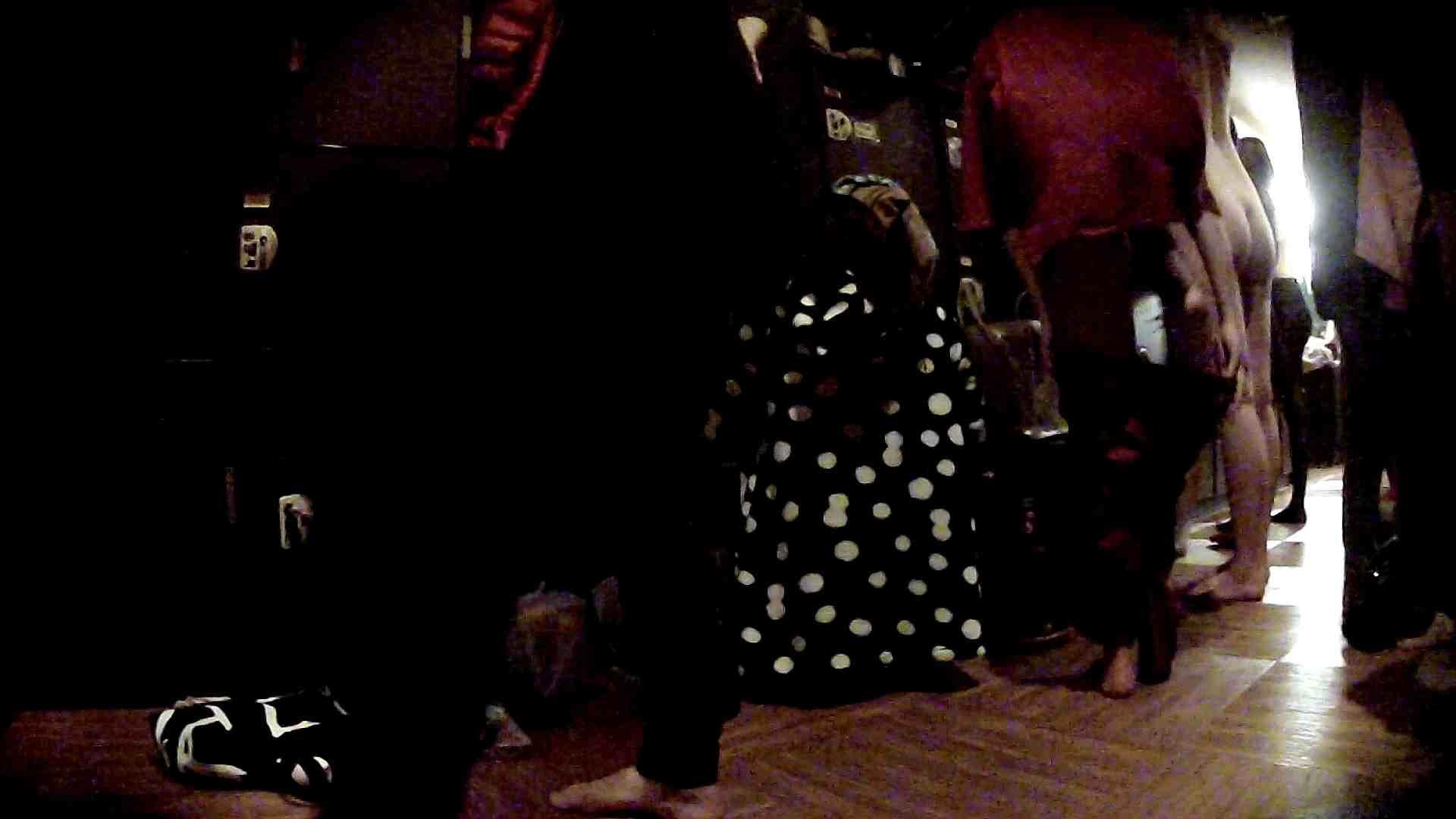 脱衣所!オムニバス 大混雑!注目はあの人の御御足でしょう。 お姉さんのSEX ぱこり動画紹介 109枚 87