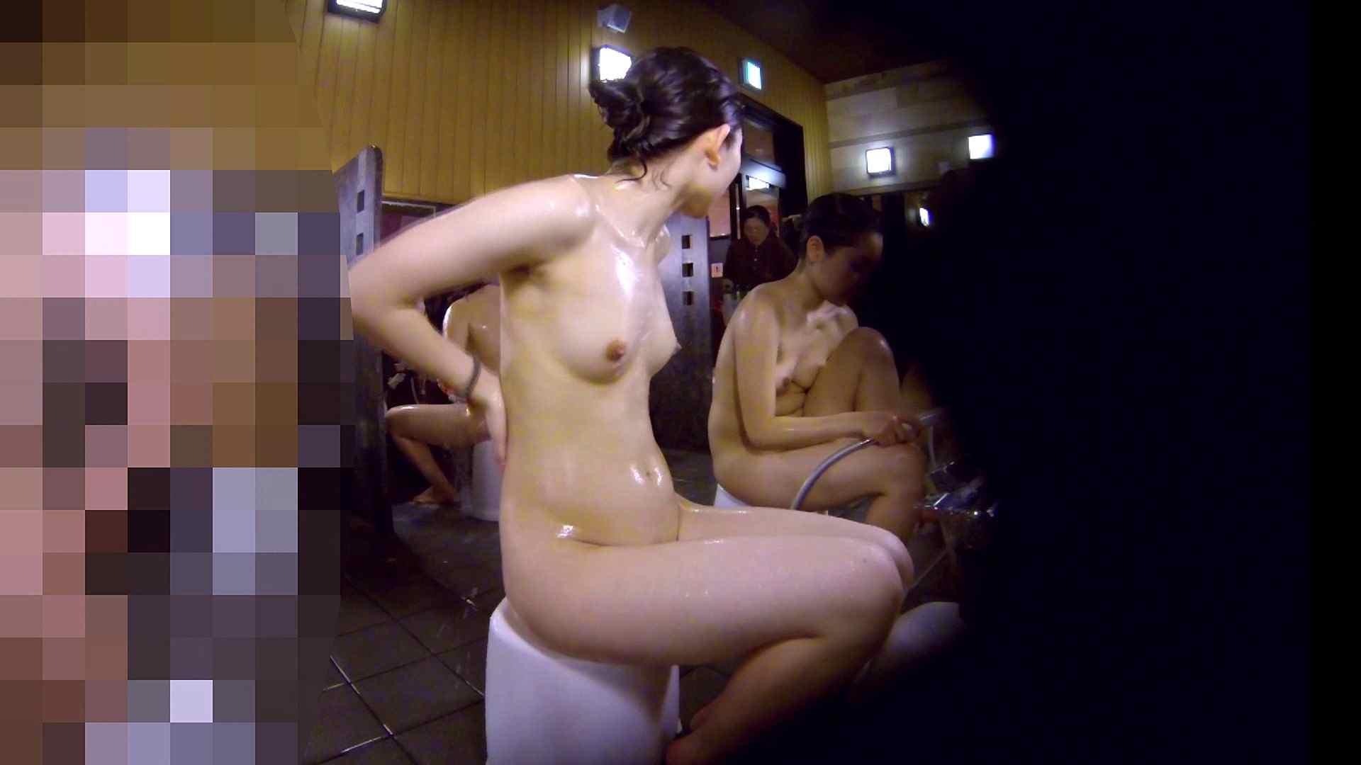 洗い場!眉しっかりの和風美人、奥の嬢も気になります! 潜入 ワレメ無修正動画無料 101枚 53