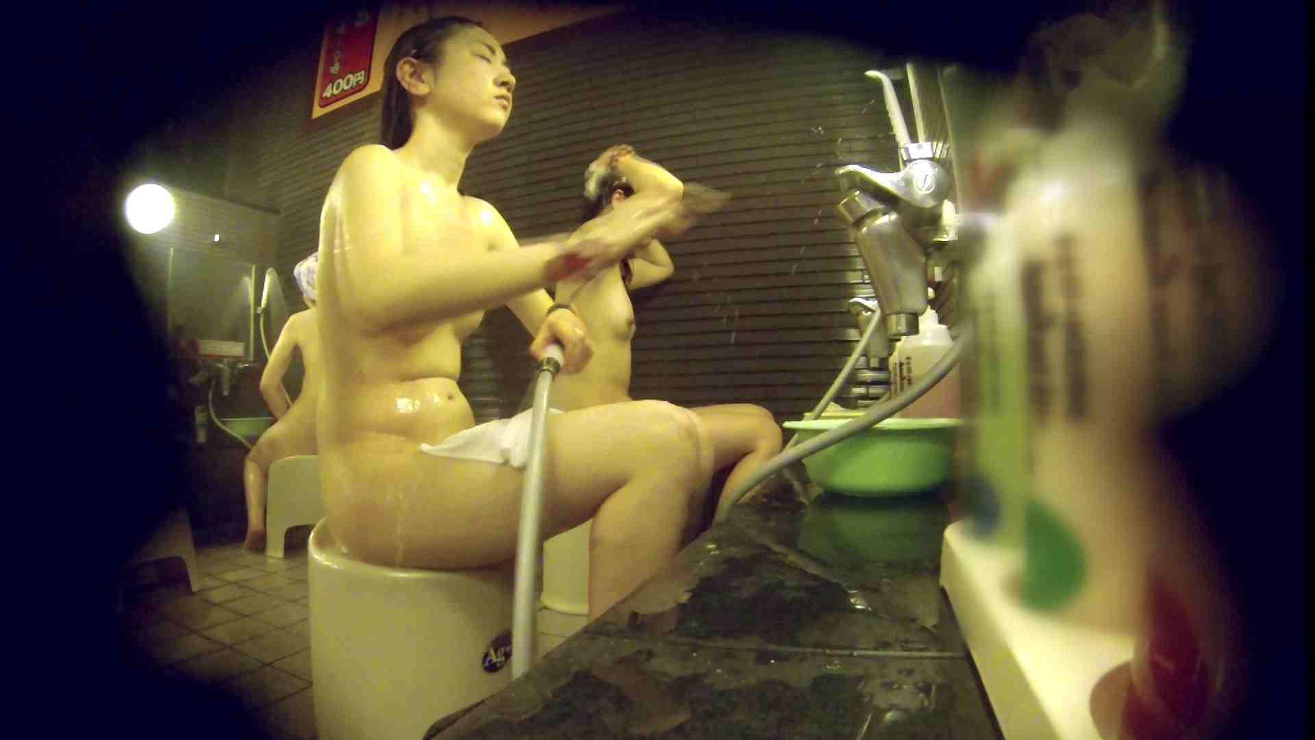 洗い場!しかし・・・綺麗な顔をしてますね。結婚したいな。 銭湯事情   美乳  91枚 55