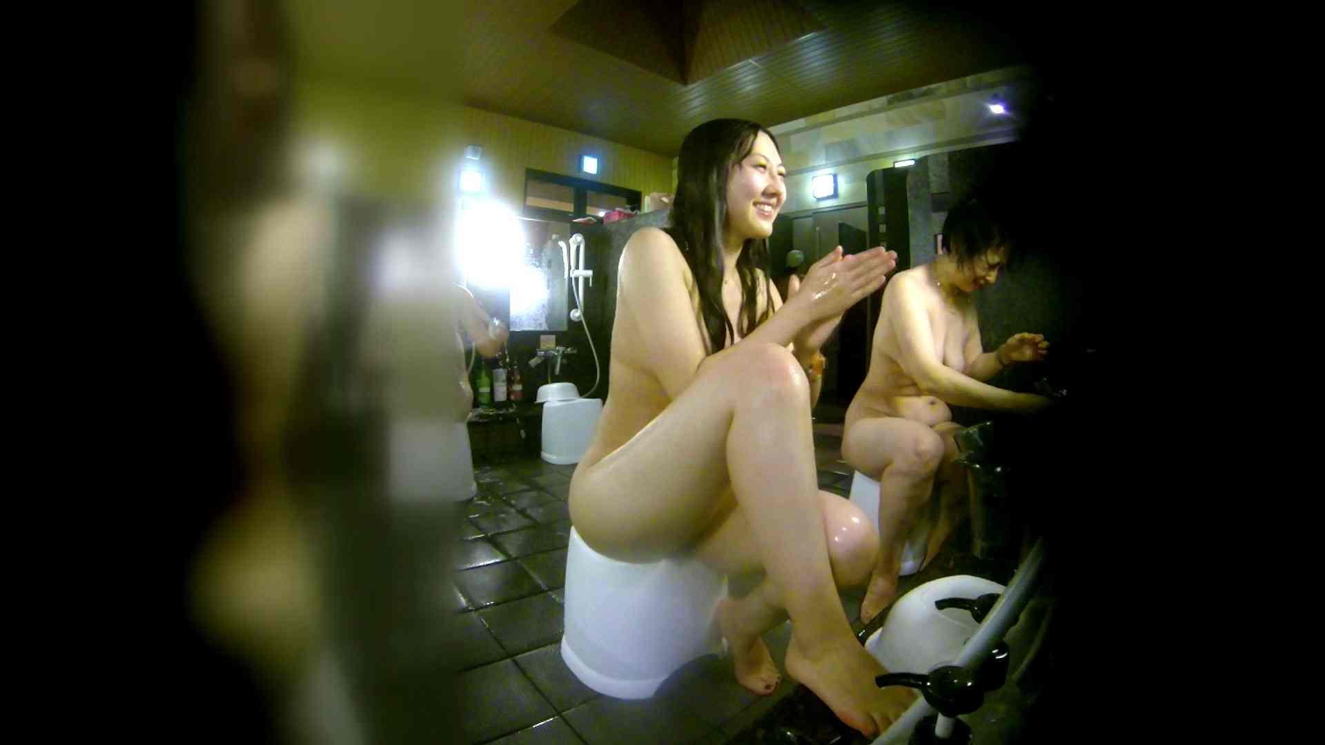 洗い場!右足の位置がいいですね。陰毛もっさり! 銭湯事情 オメコ動画キャプチャ 107枚 27