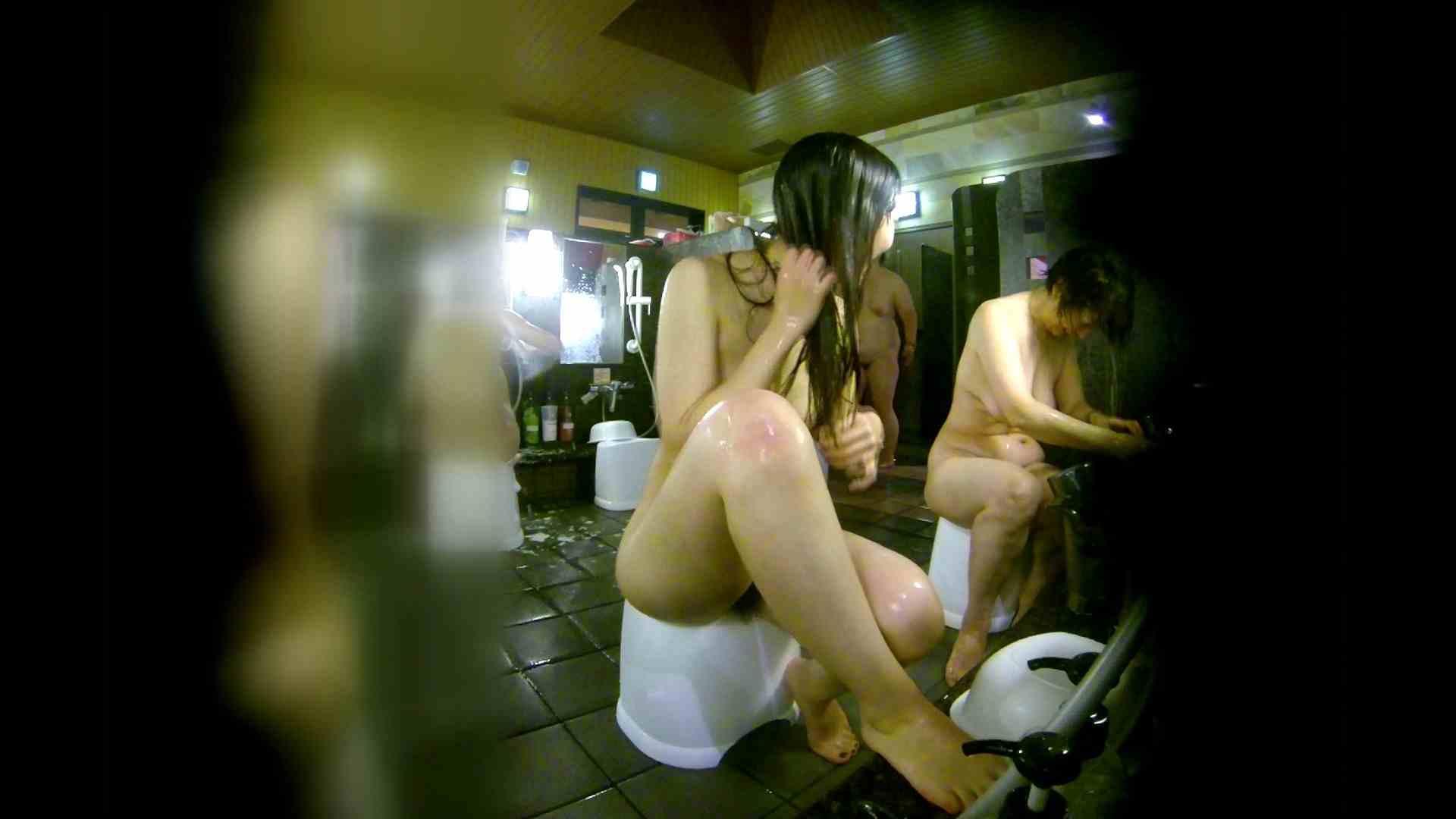 洗い場!右足の位置がいいですね。陰毛もっさり! 潜入   細身体型  107枚 29
