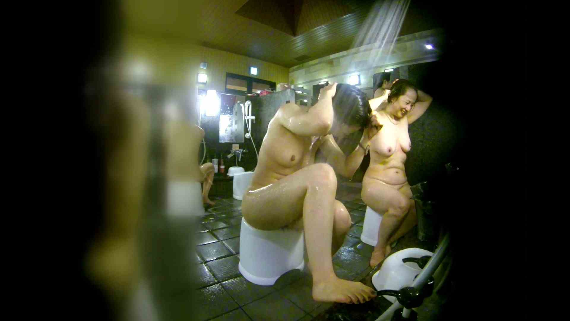 洗い場!右足の位置がいいですね。陰毛もっさり! 潜入  107枚 42