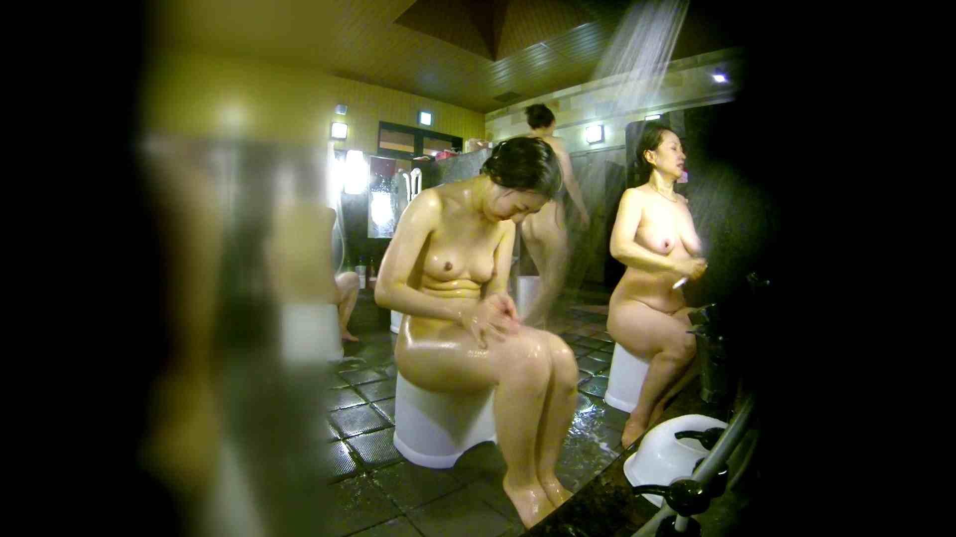 洗い場!右足の位置がいいですね。陰毛もっさり! 潜入  107枚 56
