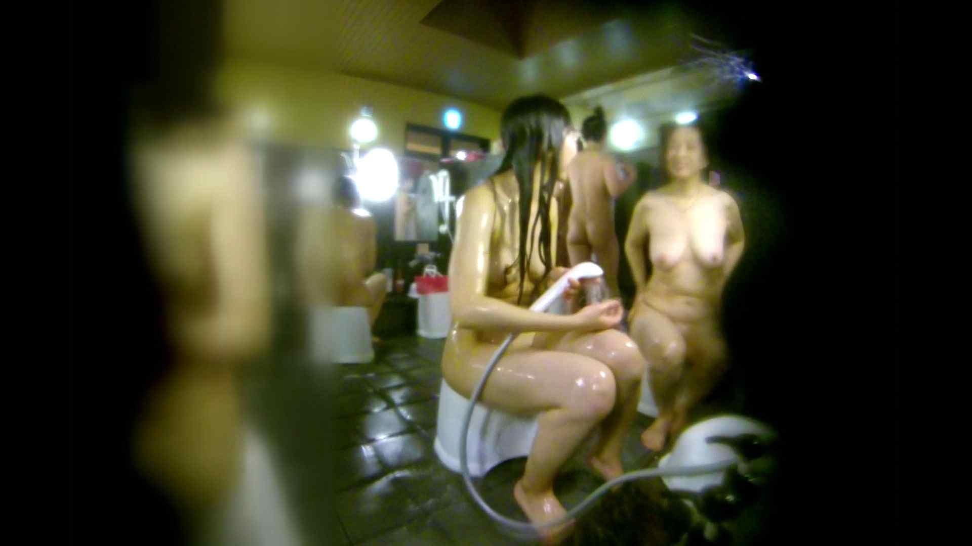 洗い場!右足の位置がいいですね。陰毛もっさり! 銭湯事情 オメコ動画キャプチャ 107枚 76