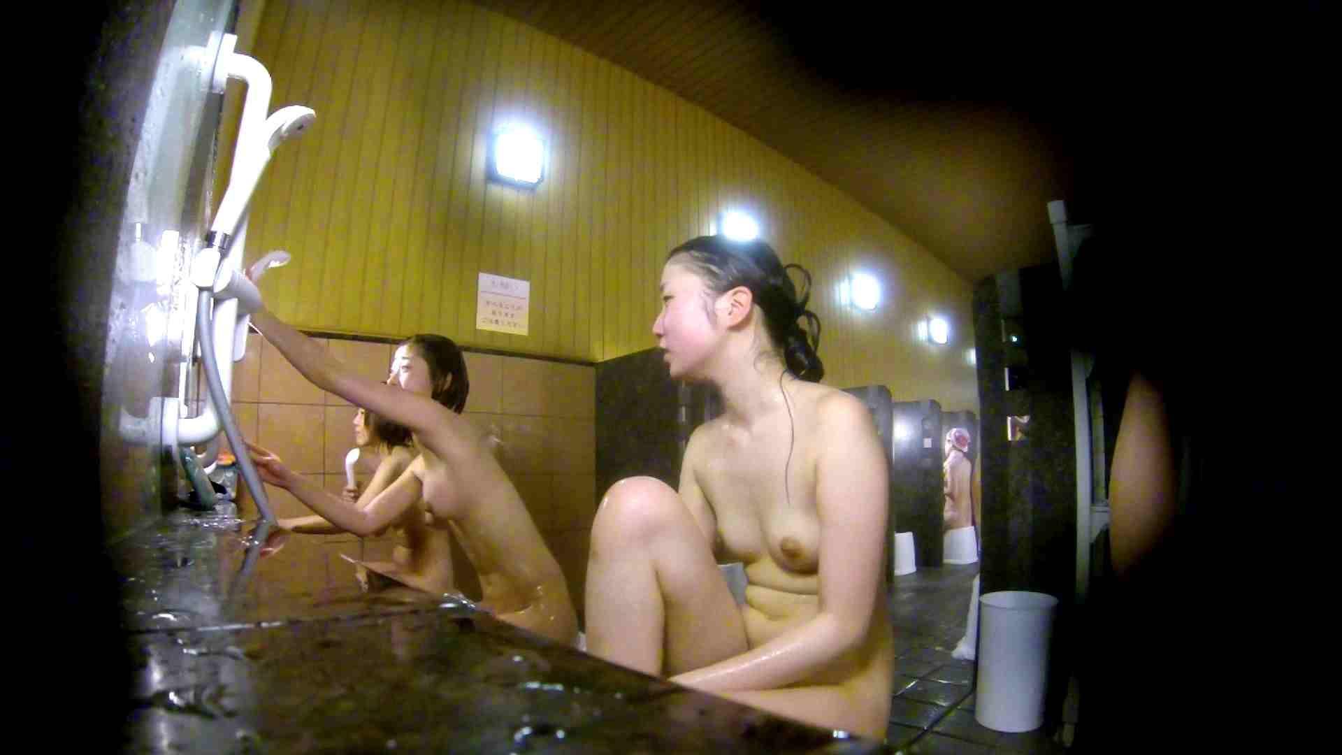 洗い場!奥の嬢をもっと近くでと思ってしまったけどイイ作品。 細身体型 すけべAV動画紹介 102枚 18