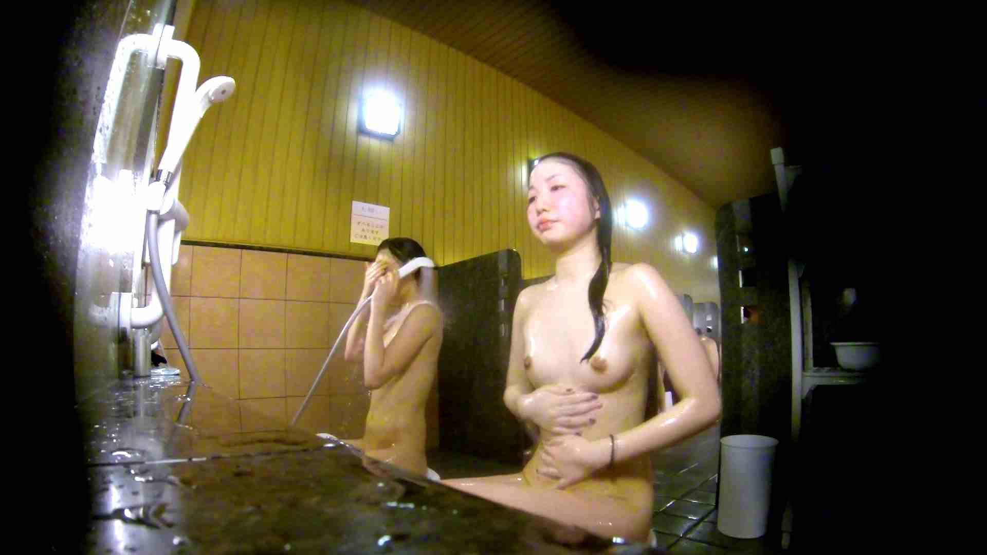 洗い場!奥の嬢をもっと近くでと思ってしまったけどイイ作品。 細身体型 すけべAV動画紹介 102枚 34