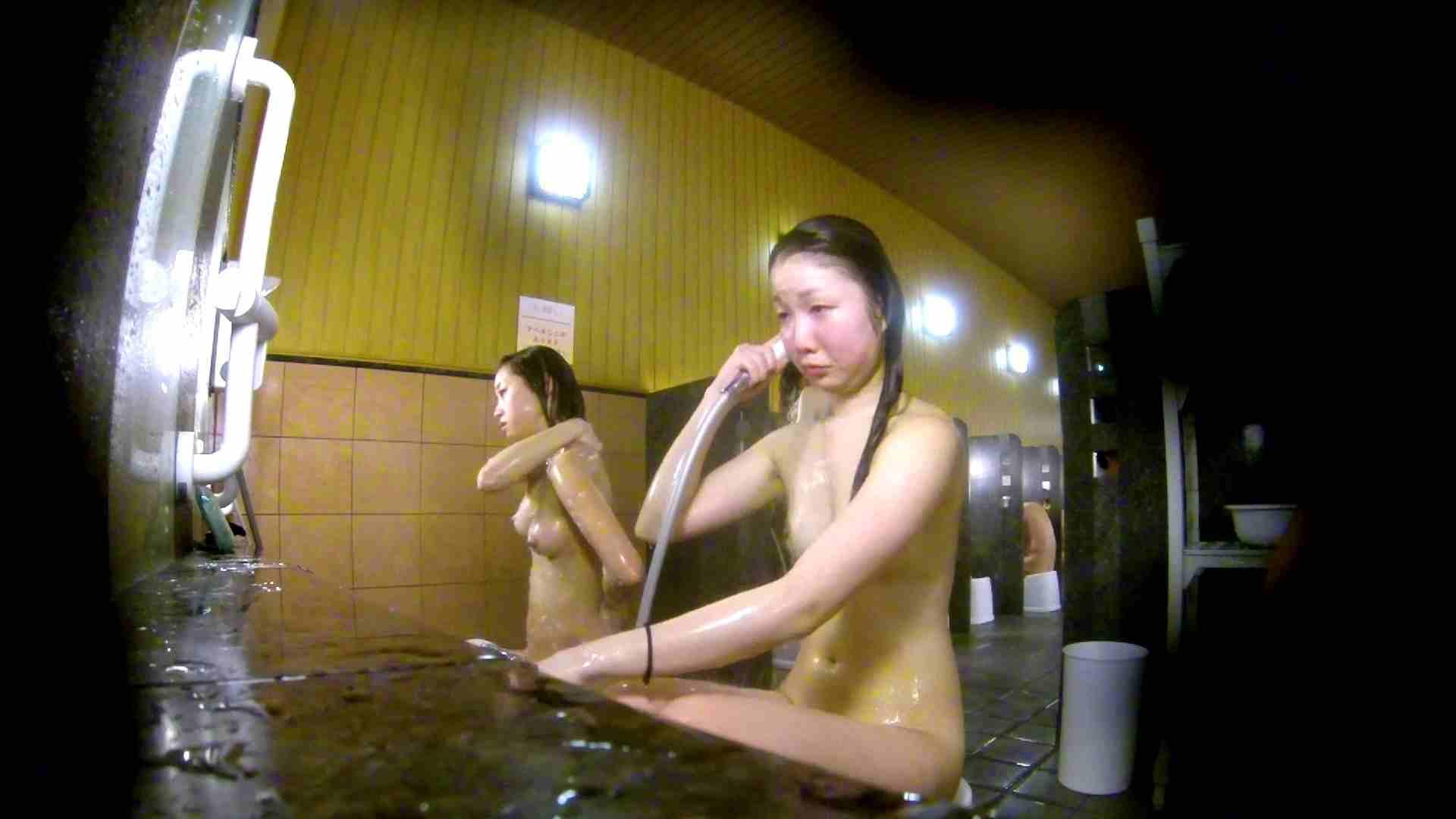 洗い場!奥の嬢をもっと近くでと思ってしまったけどイイ作品。 細身体型 すけべAV動画紹介 102枚 66