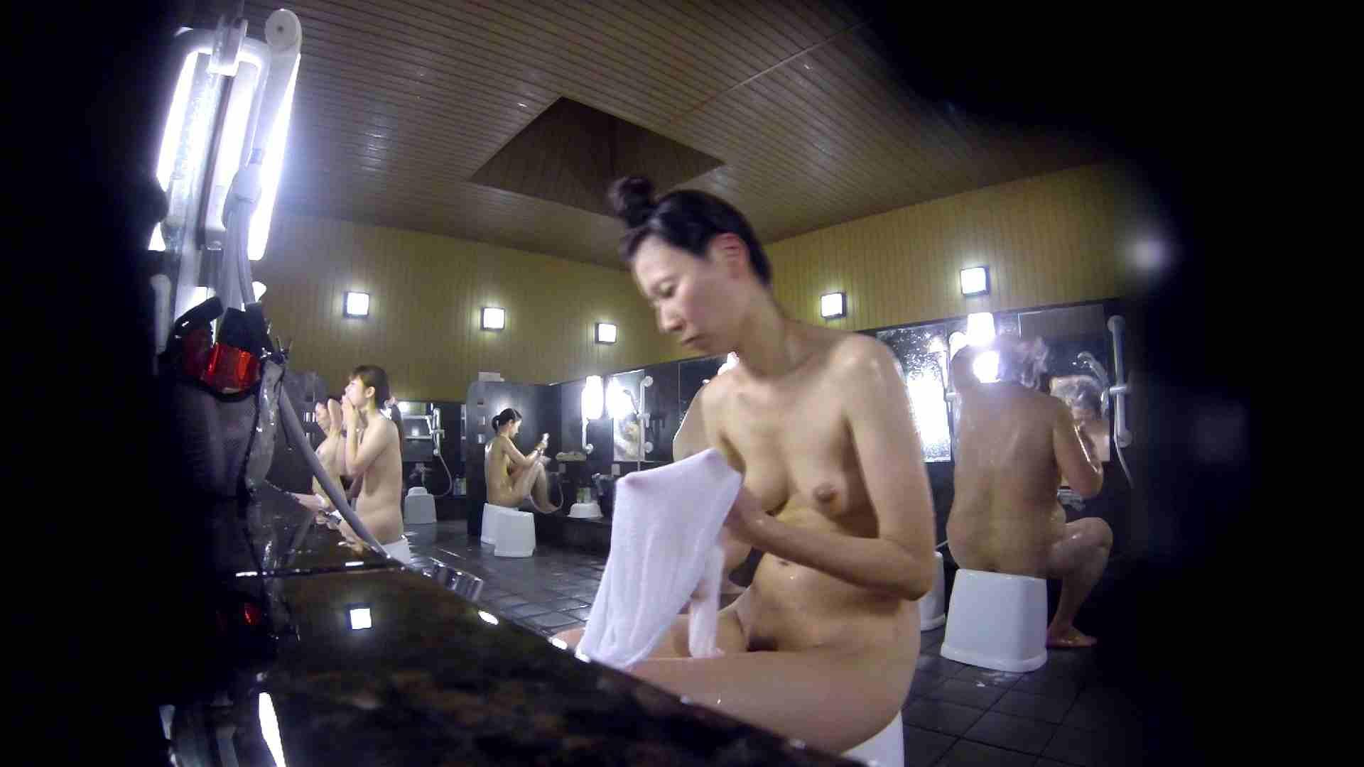 洗い場!だんご結びのお女市さん、色素が薄いです。 美乳 オメコ無修正動画無料 110枚 51