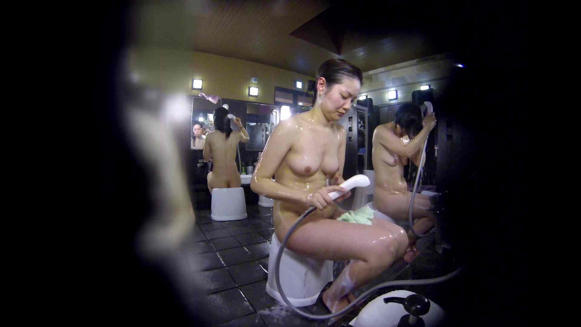 洗い場!好きです!ボリューム満点ボディーな感じが堪りません。 ギャル達 スケベ動画紹介 87枚 82