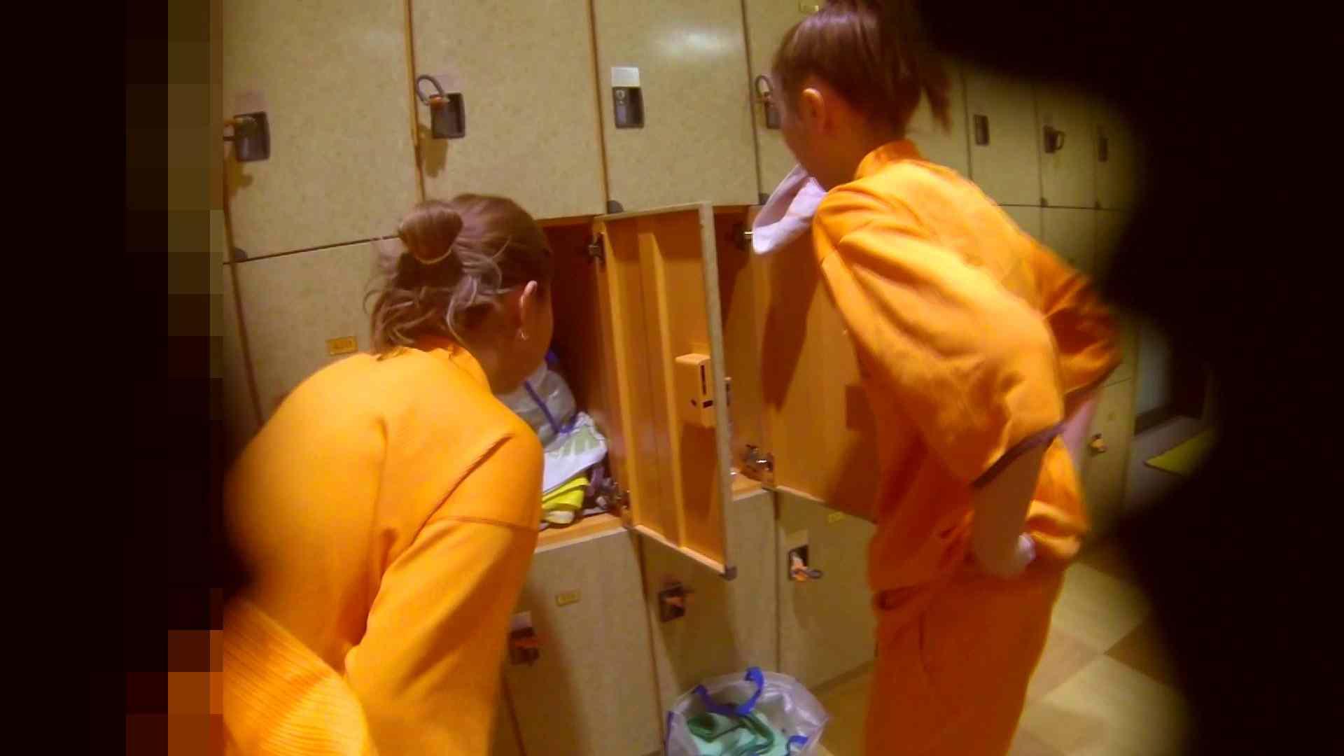 追い撮り!脱衣~洗い場、そして着替え、髪を乾かすまで完全追跡。 潜入 アダルト動画キャプチャ 84枚 5