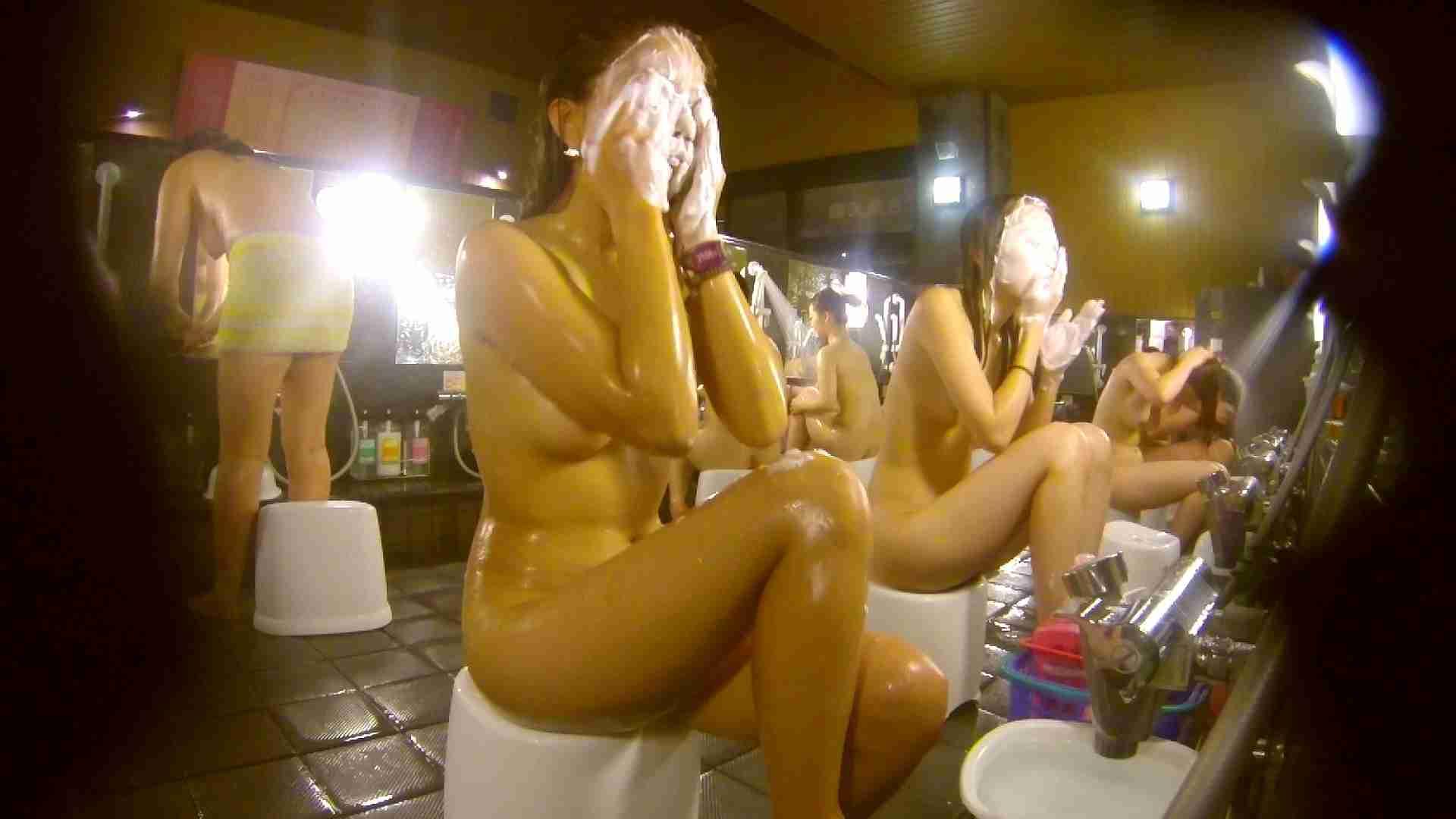追い撮り!脱衣~洗い場、そして着替え、髪を乾かすまで完全追跡。 細身体型 スケベ動画紹介 84枚 58