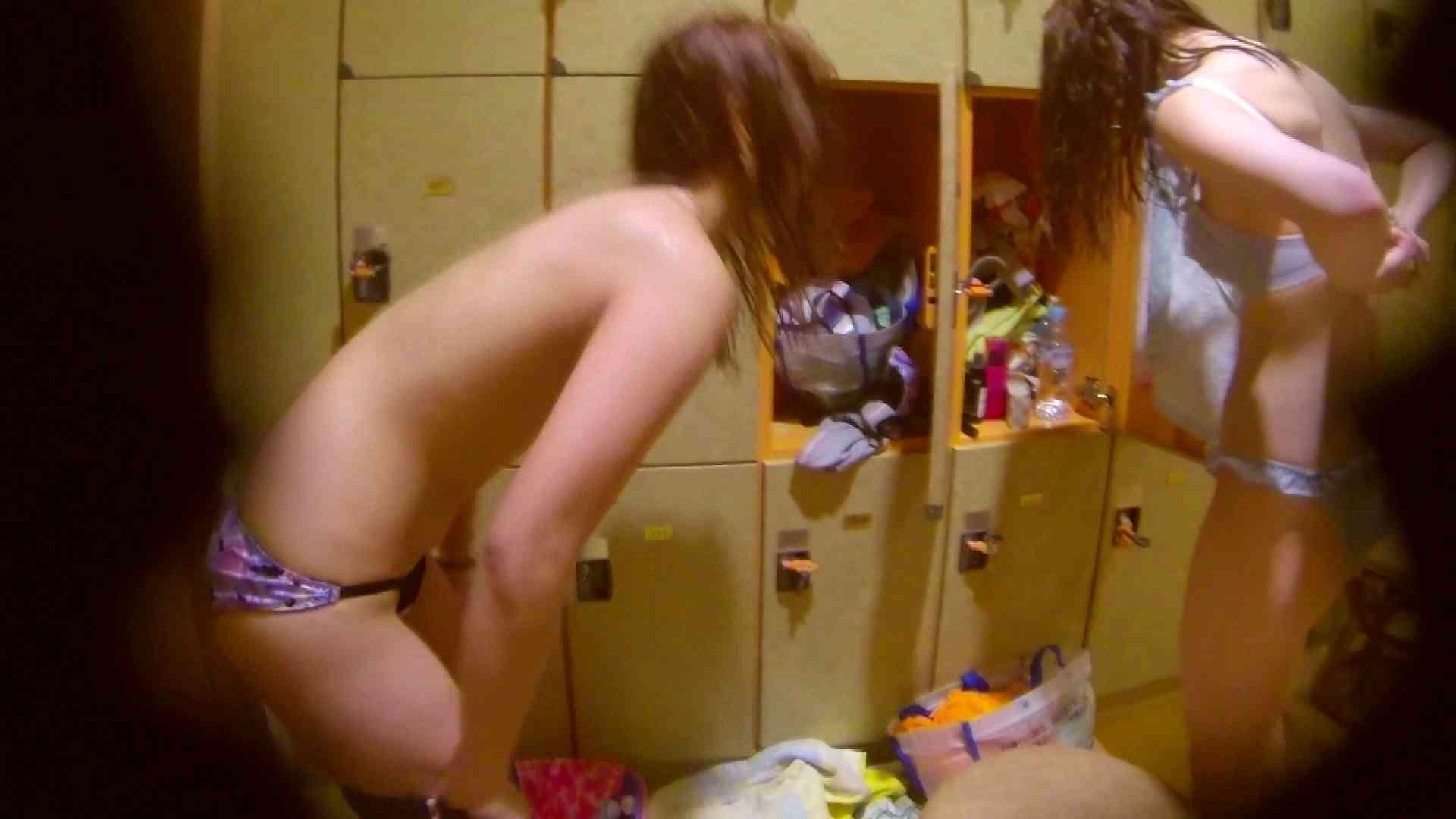 追い撮り!脱衣~洗い場、そして着替え、髪を乾かすまで完全追跡。 友人・知人 おめこ無修正動画無料 84枚 74