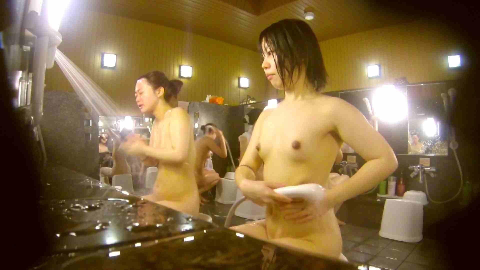 オムニバス!洗い場、通路など色々な裸体が見れてお得です。 アラ30 ワレメ動画紹介 89枚 6