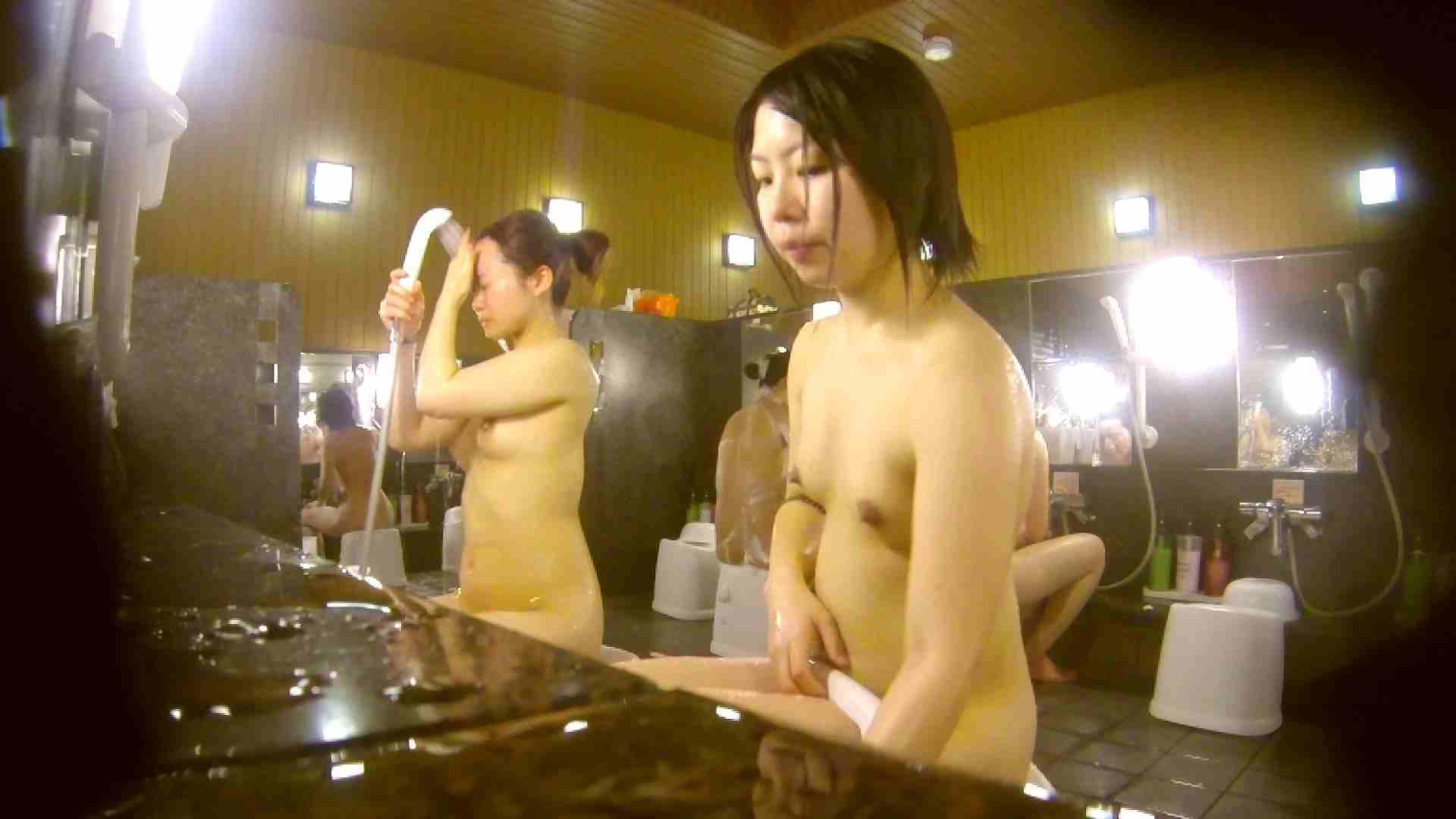 オムニバス!洗い場、通路など色々な裸体が見れてお得です。 ギャル達 性交動画流出 89枚 26